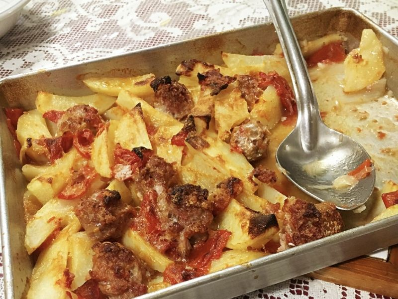 Nonna Romana's Sausage, Potatoes and Onions Recipe
