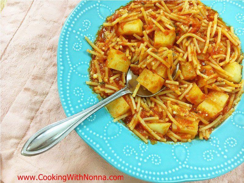 Cut Spaghetti and Potatoes Pasta e Patate
