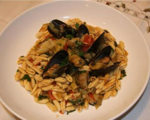 Cavatelli with Mussels, Artichoke Hearts