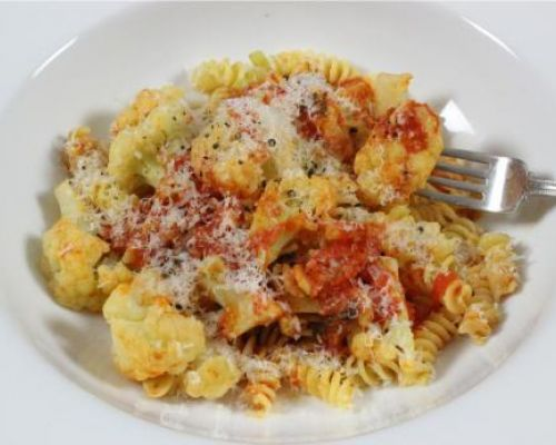 Fusilli with Cauliflowers and Tomato Sauce