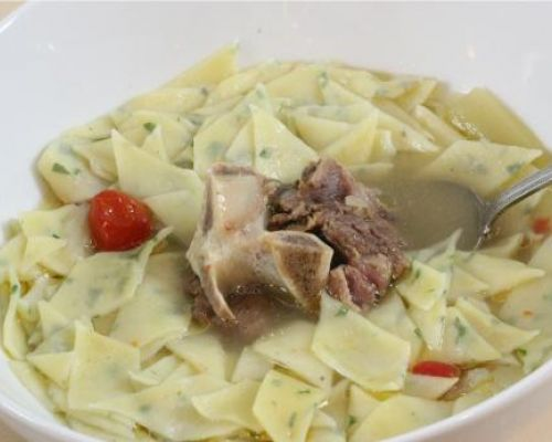 Parsley Straccetti with Meat Soup