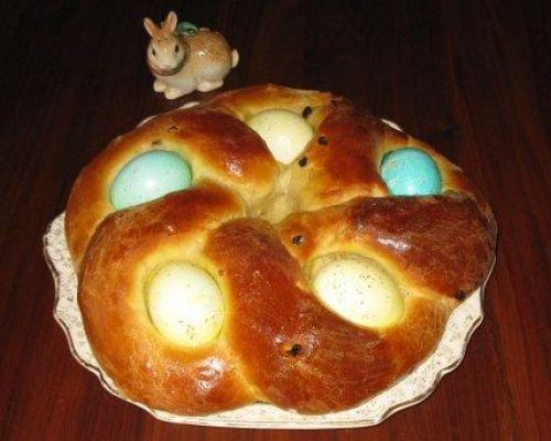 Amelia's Easter Egg Bread
