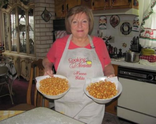 Struffoli Napoletani    (Honey Balls)