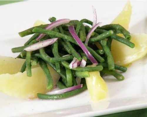 String Beans and Potatoes Salad